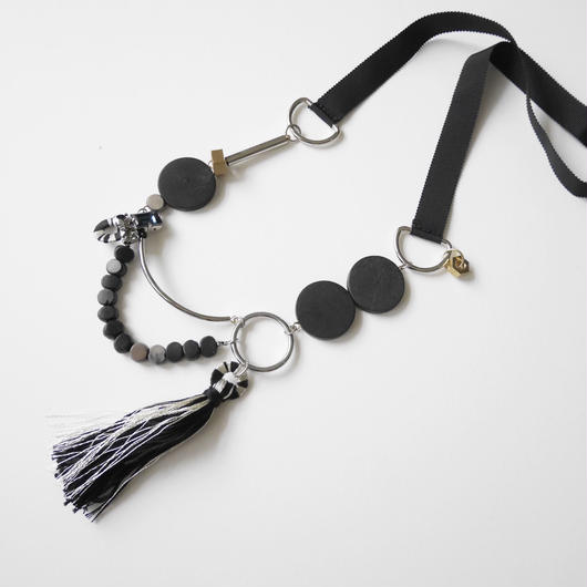 ornament long necklace BLACK