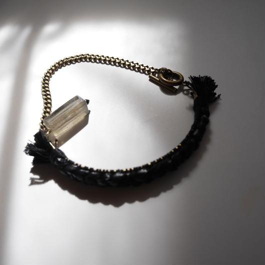 brass thread short necklace BLACK