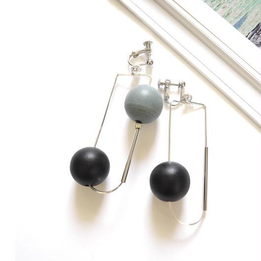 half oval pierce/earrings BLUE