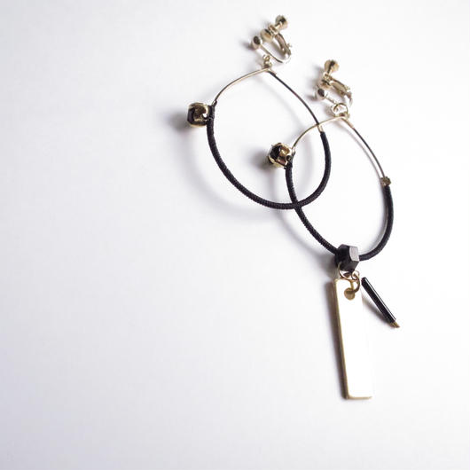 foop key pierce/earrings BLACK
