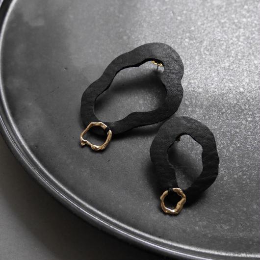 cell  leather pierce/earrings BLACK