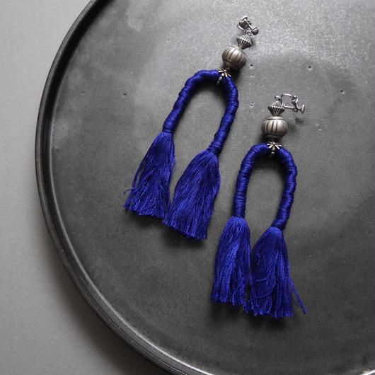 horse tail pierce /earrings BLUE