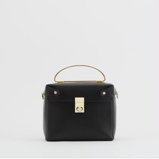 tov   SQUARE BOX BAG ブラック(#4-6-9702)