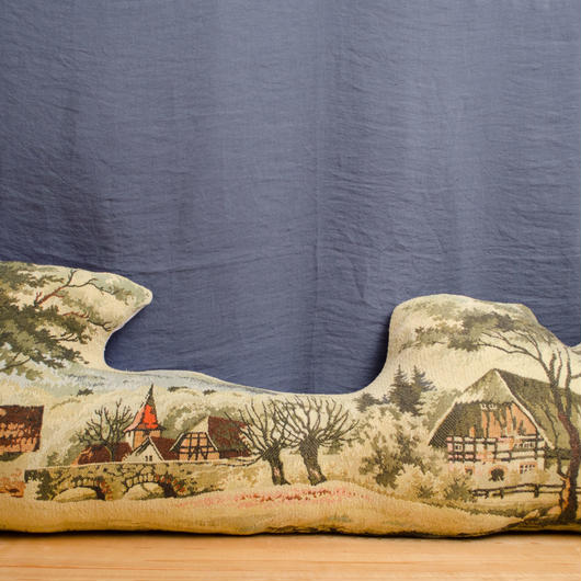RUG CUSHION (Mountain hut and stone bridge)