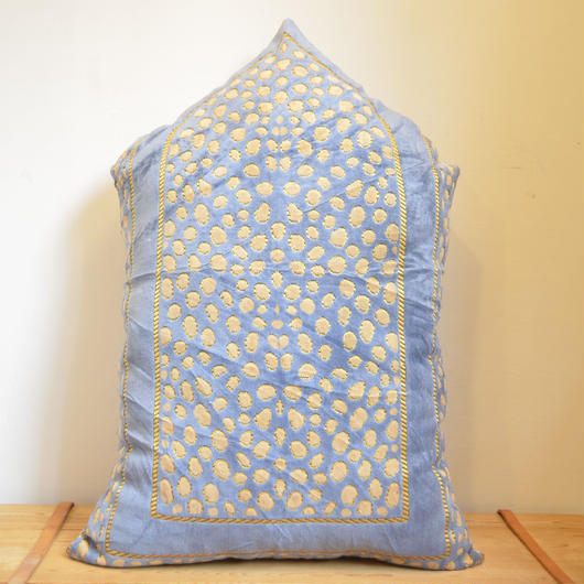 RUG CUSHION B (A prayer)