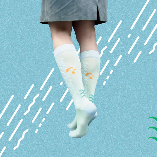 "ETCHIRA OTCHIRA×YeYe collaboration SOCKS+CD MORNING-""awake"""