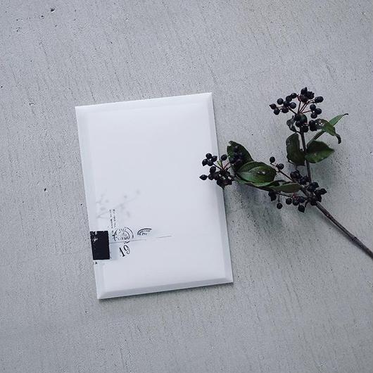 M-013    いろいろな紙のメモセット  シロ