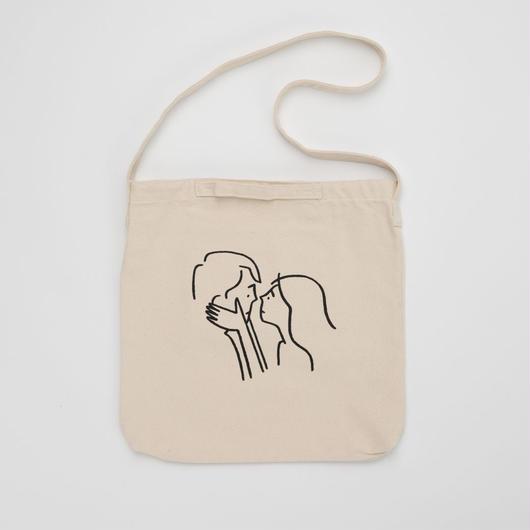 """2WAY Tote bag """"Kiss"""""""