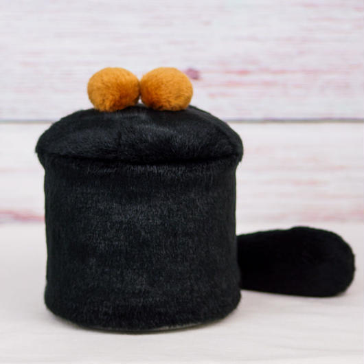 ペット用骨壺カバー / サイズ:4寸 / ベース:黒 / ボンボン:ブラウン・ブラウン / しっぽ:黒(S189)