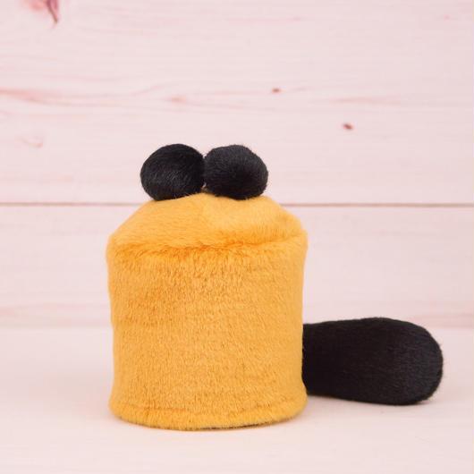 ペット用骨壺カバー / サイズ:3寸 / ベース:ブラウン / ボンボン:黒・黒 / しっぽ:黒(S040)