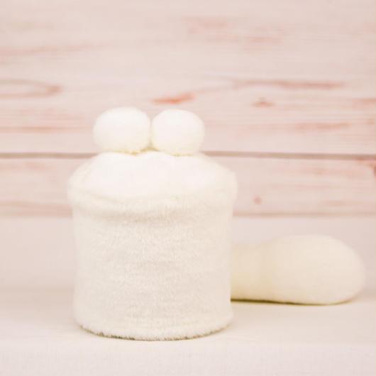 ペット用骨壺カバー / サイズ:3寸 / ベース:白 / ボンボン:白・白 / しっぽ:白(S118)
