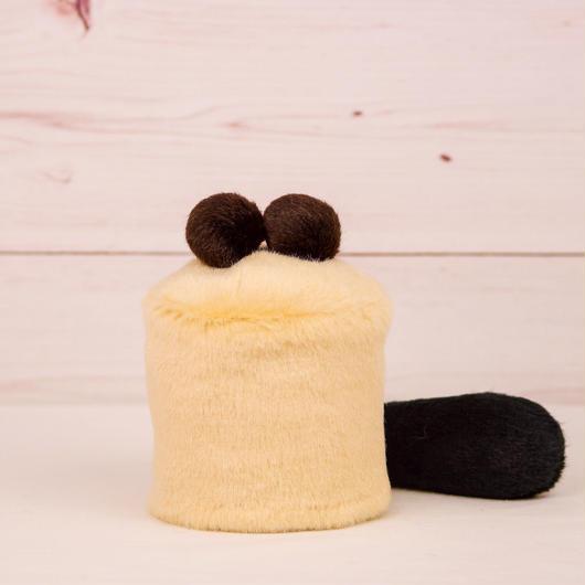 ペット用骨壺カバー / サイズ:3寸 / ベース:クリーム / ボンボン:ダークブラウン・ダークブラウン / しっぽ:黒(S002)