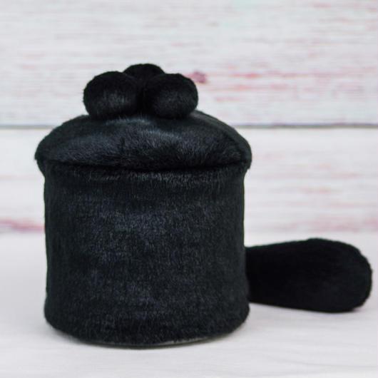 ペット用骨壺カバー / サイズ:4寸 / ベース:黒 / ボンボン:黒・黒・黒 / しっぽ:黒(S191)