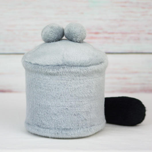 ペット用骨壺カバー / サイズ:4寸 / ベース:グレー / ボンボン:グレー・グレー / しっぽ:黒(S153)