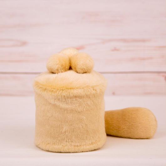 ペット用骨壺カバー / サイズ:3寸 / ベース:クリーム / ボンボン:クリーム・クリーム・クリーム / しっぽ:クリーム(S012)