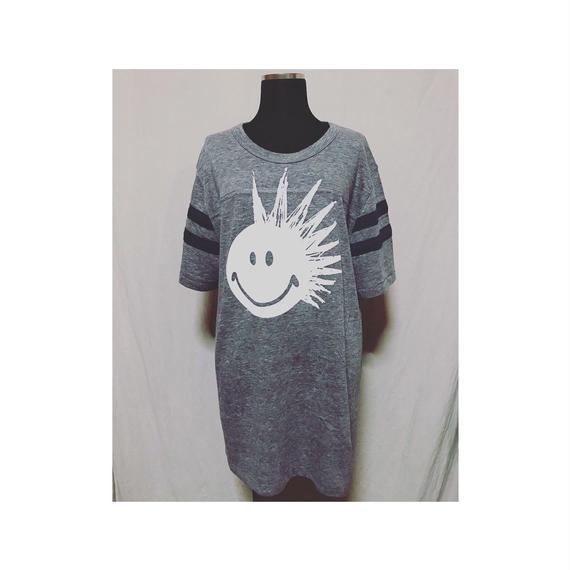 PUNK SMILE  ロングTシャツ