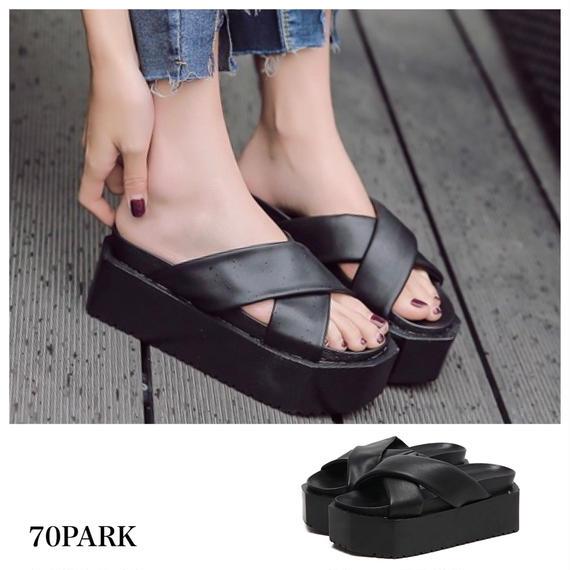 #Cross Platform Sandal フェイクレザー クロス プラットフォーム 厚底 サンダル ブラック