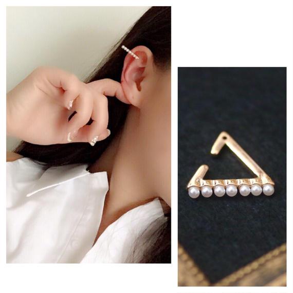#Triangle peal ear cuff トライアングルパールイヤーカフ