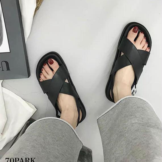 #Criss Cross Faux Leather Sandal クロス フェイクレザー シンプル サンダル ブラック