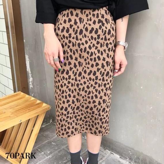#Leopard Midi Skirt  レオパード柄  スリット入り ペンシル スカート 全2色 豹柄