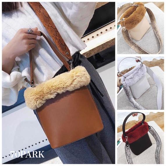 # 2way Fur Bucket Bag  パイソン柄 太ストラップ ファー バケツバッグ 全4色 ショルダー