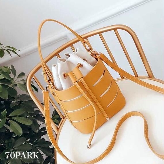 #2way  Cutout Faux Leather Bucket bag 巾着ポーチ付き ラダー カットアウト バケツバッグ 全4色