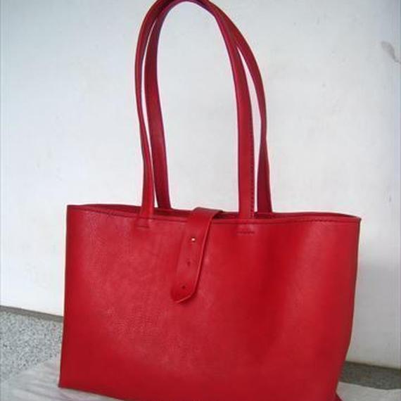 【受注生産】赤色のしっかりA4トートバッグ(肩掛け)
