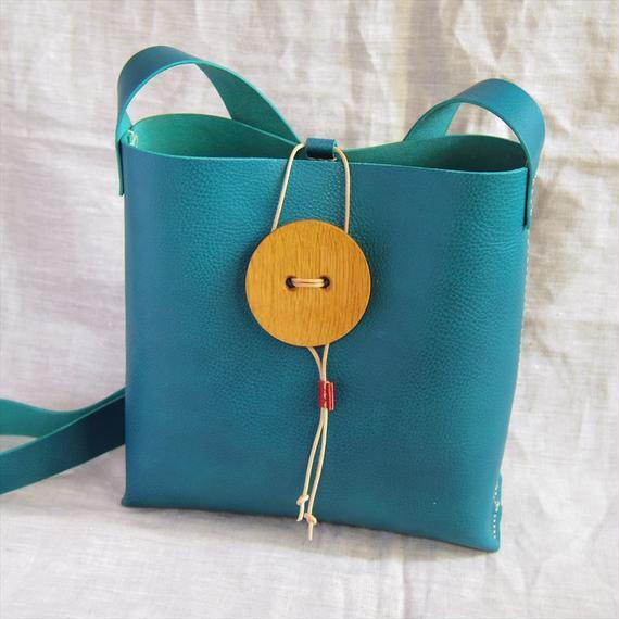 【受注生産】おっきな木のボタンのショルダーバッグ