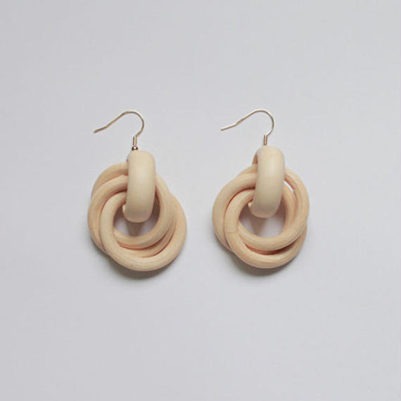 -2 colors - woody rings pierced earrings