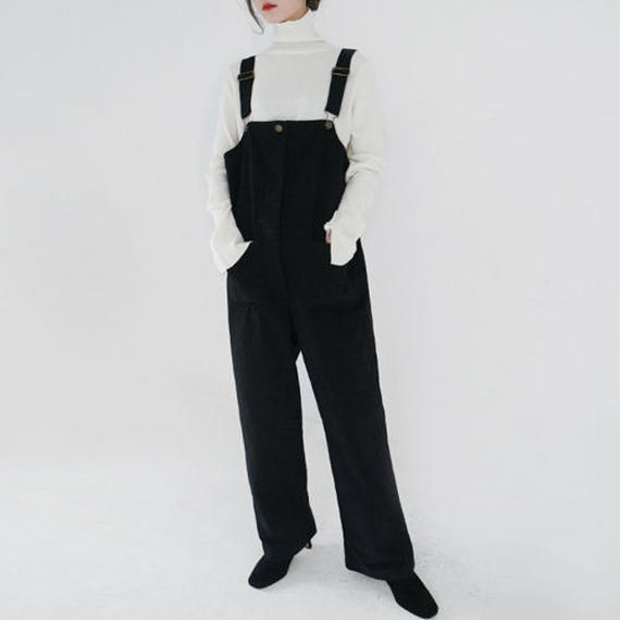 loose fit overall