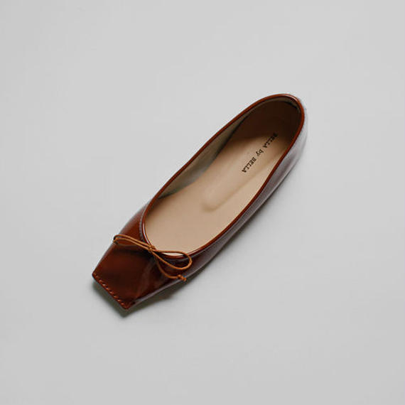square toe enamel ballet shoes