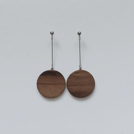 wood circle pierced earrings