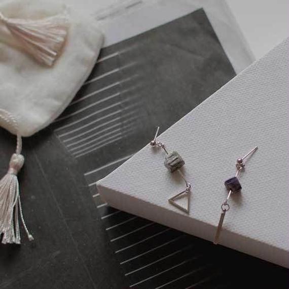 -2colors- planet stone pierced earrings