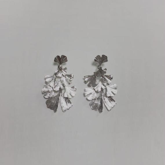 ginkgo pierced earrings