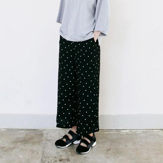 dot printed classic line pants