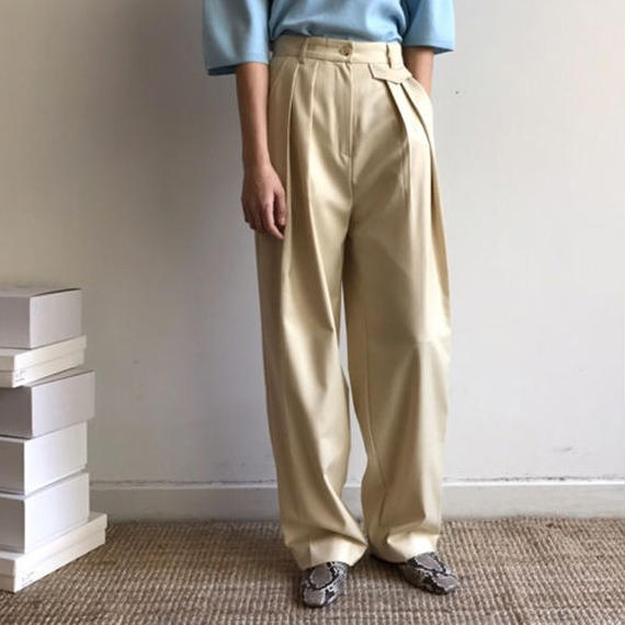 -2 colors- volume tuck pants