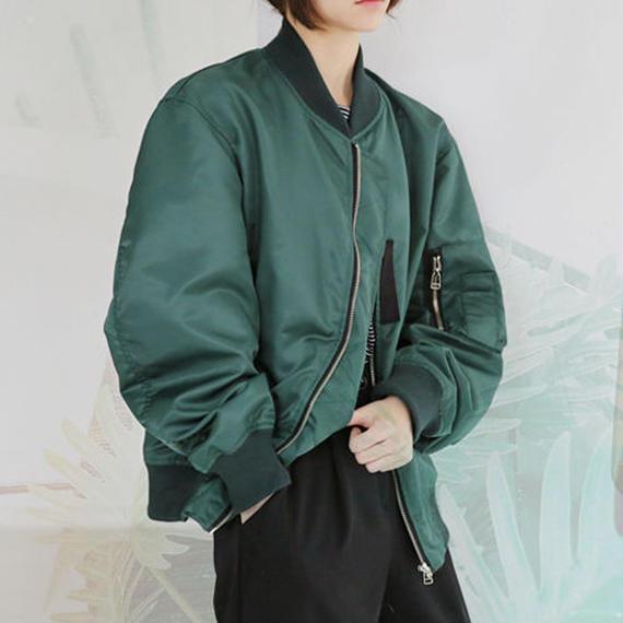 over size glossy blouson jacket