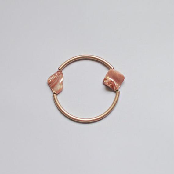 shell stone circle bangle