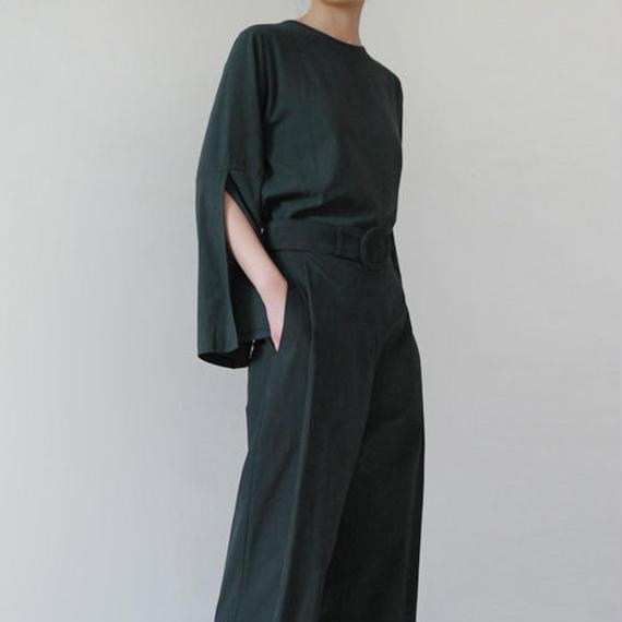 deep slit sleeve pullover