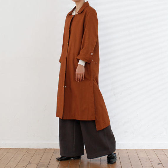 side tuck minimal coat