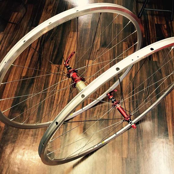 Bellatte ACR22シルバークリンチャーアルミホイール(1,288g)/Bellatte ACR22 Aluminium Wheel