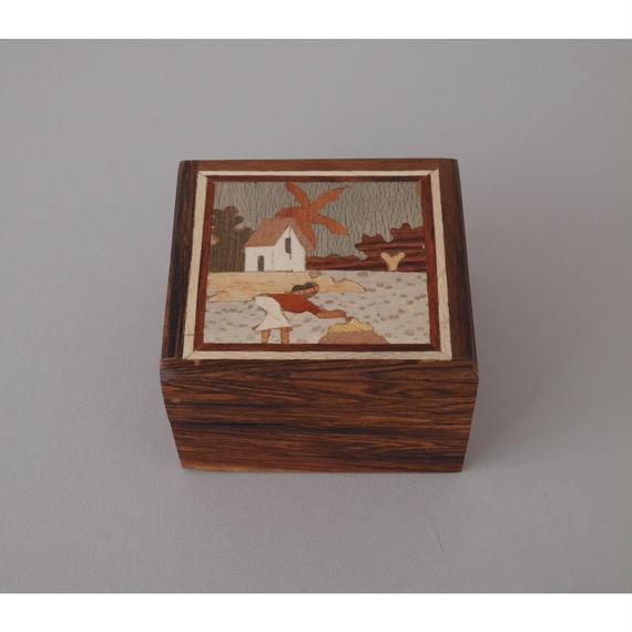 マルケトリ 水辺の女性 宝箱 小