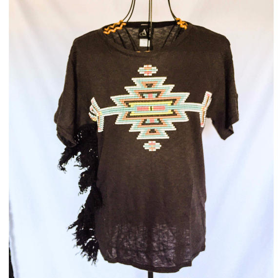 Native Fringe Tshirt  /eis/