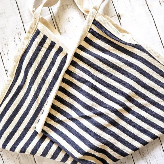 Border beach bag