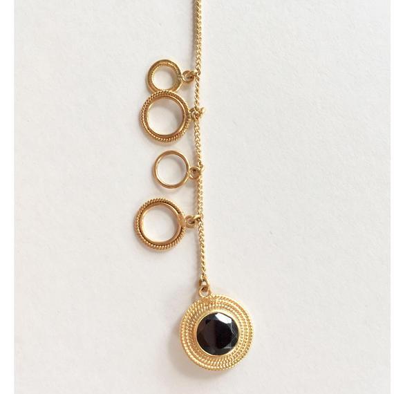 Saturn 1stone bracelate/ Black spinel