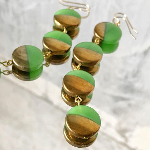 vintage  coin beads pierce (green & gold)