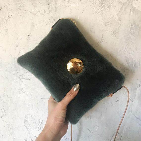 fur shoulder  bag (green)