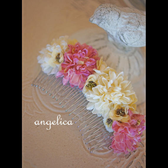 森ガール スモーキーカラーの ピンポンマム ピンクパープル オフホワイト  髪飾り 七五三に 和装に ウェディング にも。