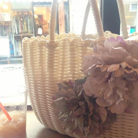 軽いPP素材 エレガントなお花のストローバッグ