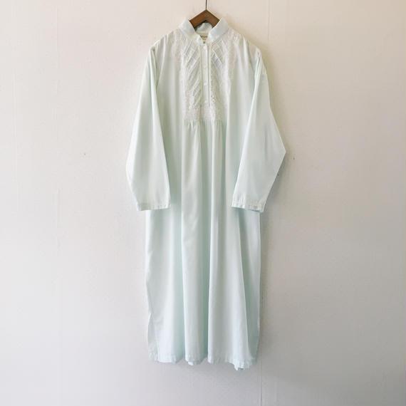 used mintgreen dress